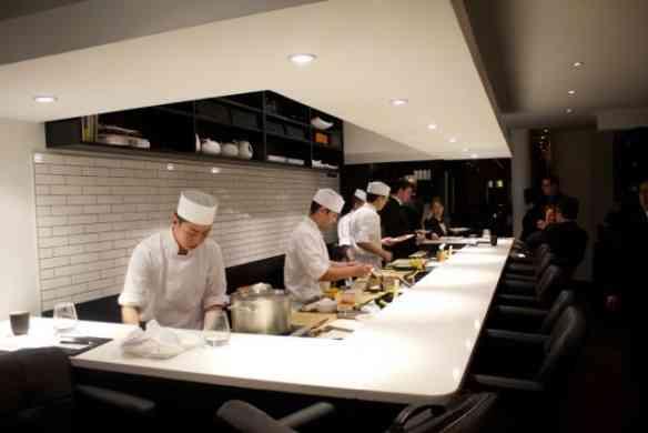 """Eis o """"sushi bar"""" mais desejado de NY!"""