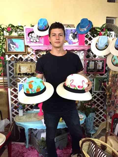 O talentoso Gil e seus chapéus lindos!