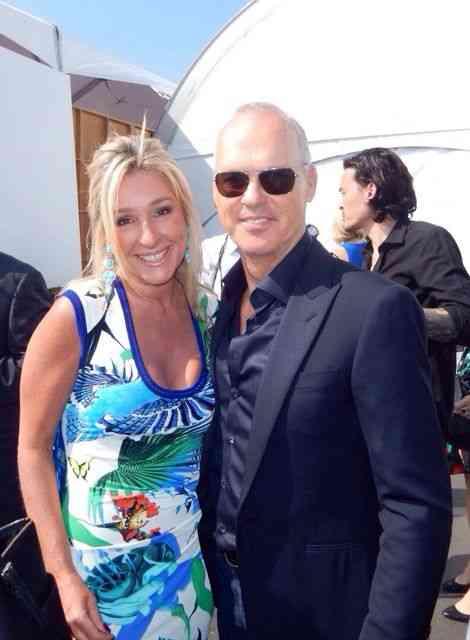 Ainda no Oscar 2015, Letícia com o Batman, Michael Keaton!