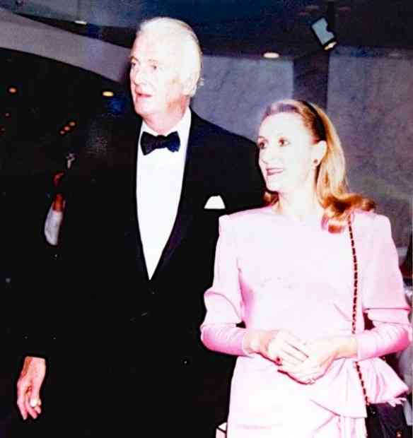 Hubert de Givenchy e a Duquesa de Cadaval, curador e idealizadora da mostra: dream team!