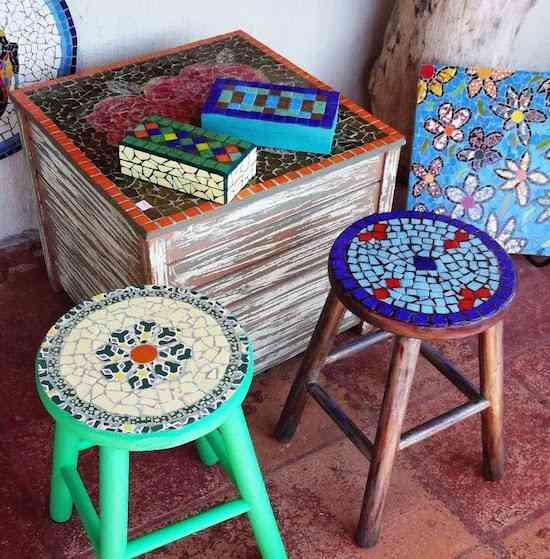 Banquinhos, porta-jóias