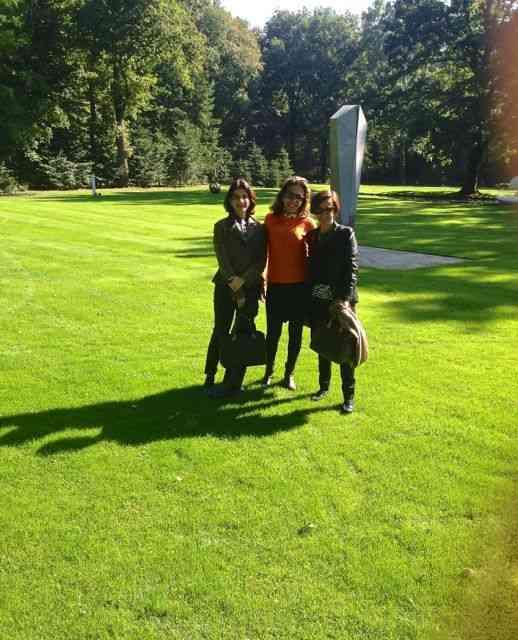 Com as niñas nos jardins de Kröller-Müller.