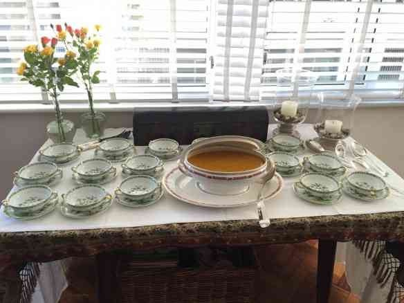 Preparado para servir... Chegou a sopa!