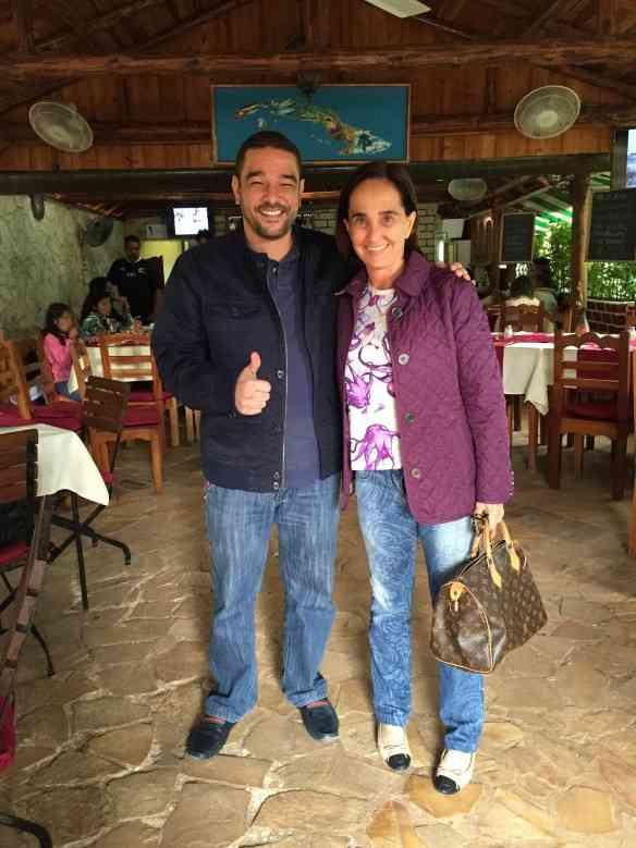 """Com Walter Rodrigues Neto, o brasileiro que é o campeão mundial """"habanosommelier"""" de 2015: craque!"""