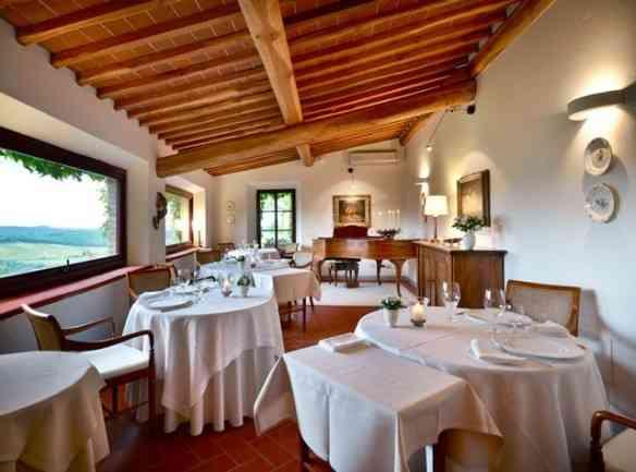 """Um dos restaurantes do hotel, pra gente sentir o clima """"love is in the air""""..."""