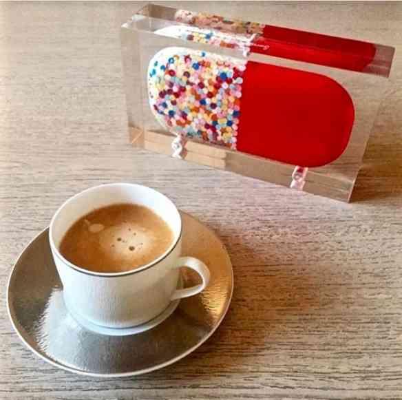 ... Ou num cafezinho.