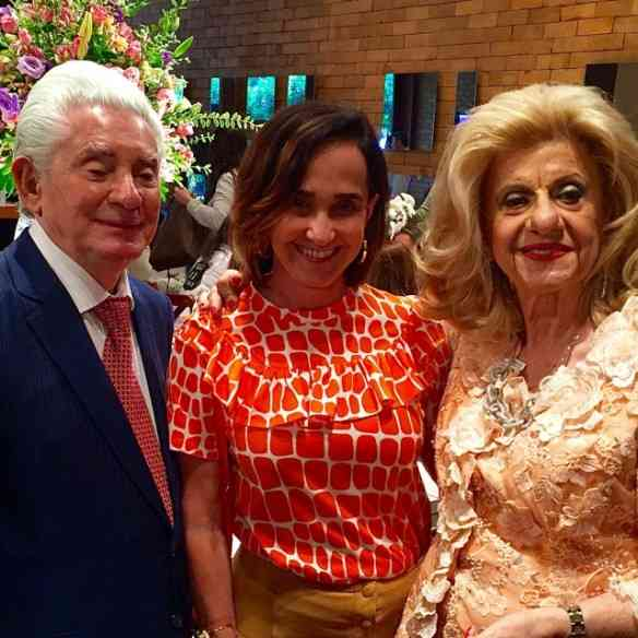 """Com os maravilhosos Moyses e Rachel Sterenfeld, no almoço de lançamento da linda coleção de natal da """"Rachel Rio Jóias"""", """"label"""" que criaram há 65 anos: luxo só!"""