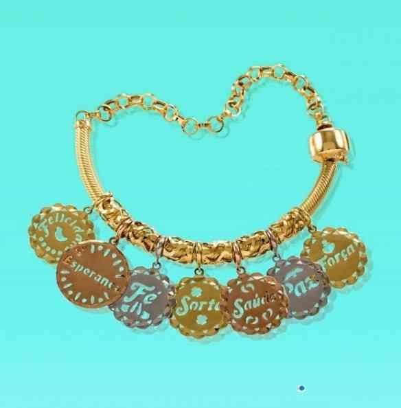 Sou louca por esta pulseira: linda e super astral!