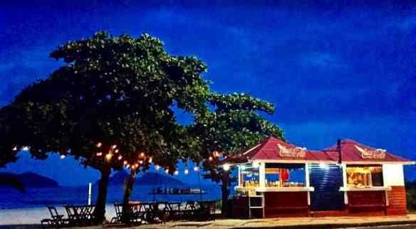 """Eis o quiosque """"Atlântico Rio"""", super charmoso e comida divina: oba!!!"""