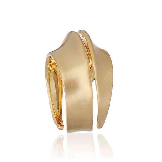 SPIRA_0007_LGT014000-I_Yellow-Gold-Ring