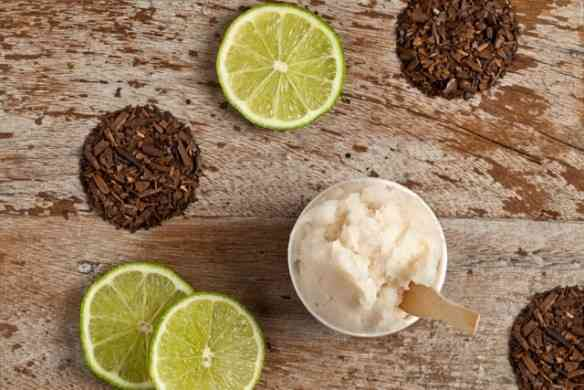 Que boa sacada fazer esta dupla em forma de sorvete: Mate + Limão!