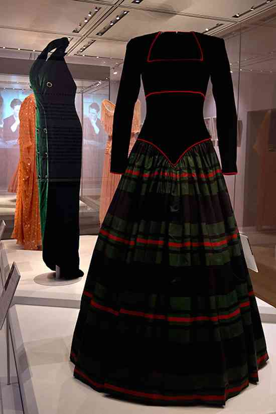 princess-diana-tartan-gown-fashion-rules-goodhousekeepinguk