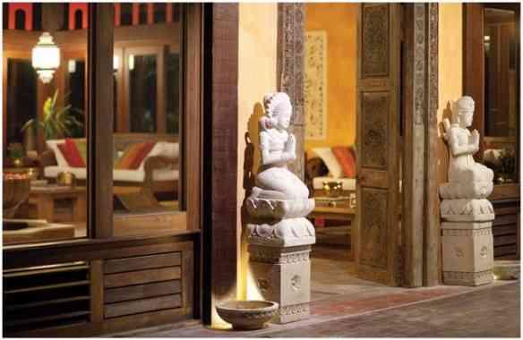 Detalhe da escultura trazida de Bali... Clima divino!