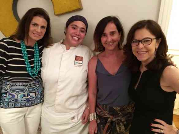 Na companhia ímpar da nossa anfitriã Paula Nabuco mais a chef maravilha Ana Lacombe e nossa guia pelo reino de Baco, Lolo Borges: salve elas!
