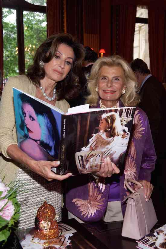 Présentation livre de la Baronne Sylvia de Waldner. Travellers, Paris le 24 mai 2016 Photo: Julio Piatti