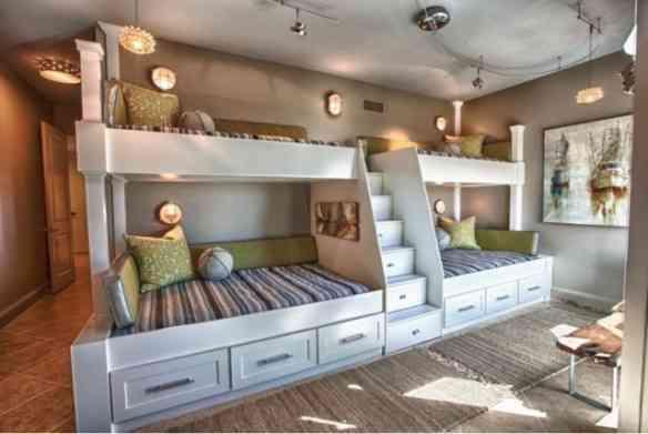 Mais outro quarto com aproveitamento de espace igual mas com outro visual!