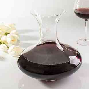 Decantador e copos para vinho... Relaxar com toda elegância!