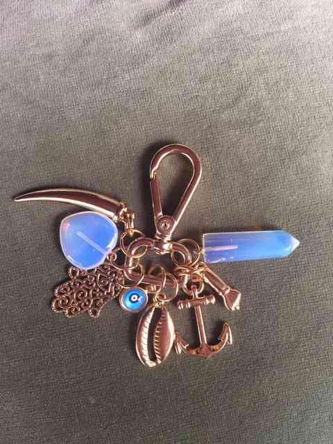 Fecho com a fofura master: que tal este chaveiro, não é lindo?!