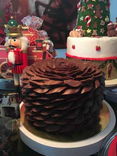 Vejam que linda esta outra versão pro bolo de natal!